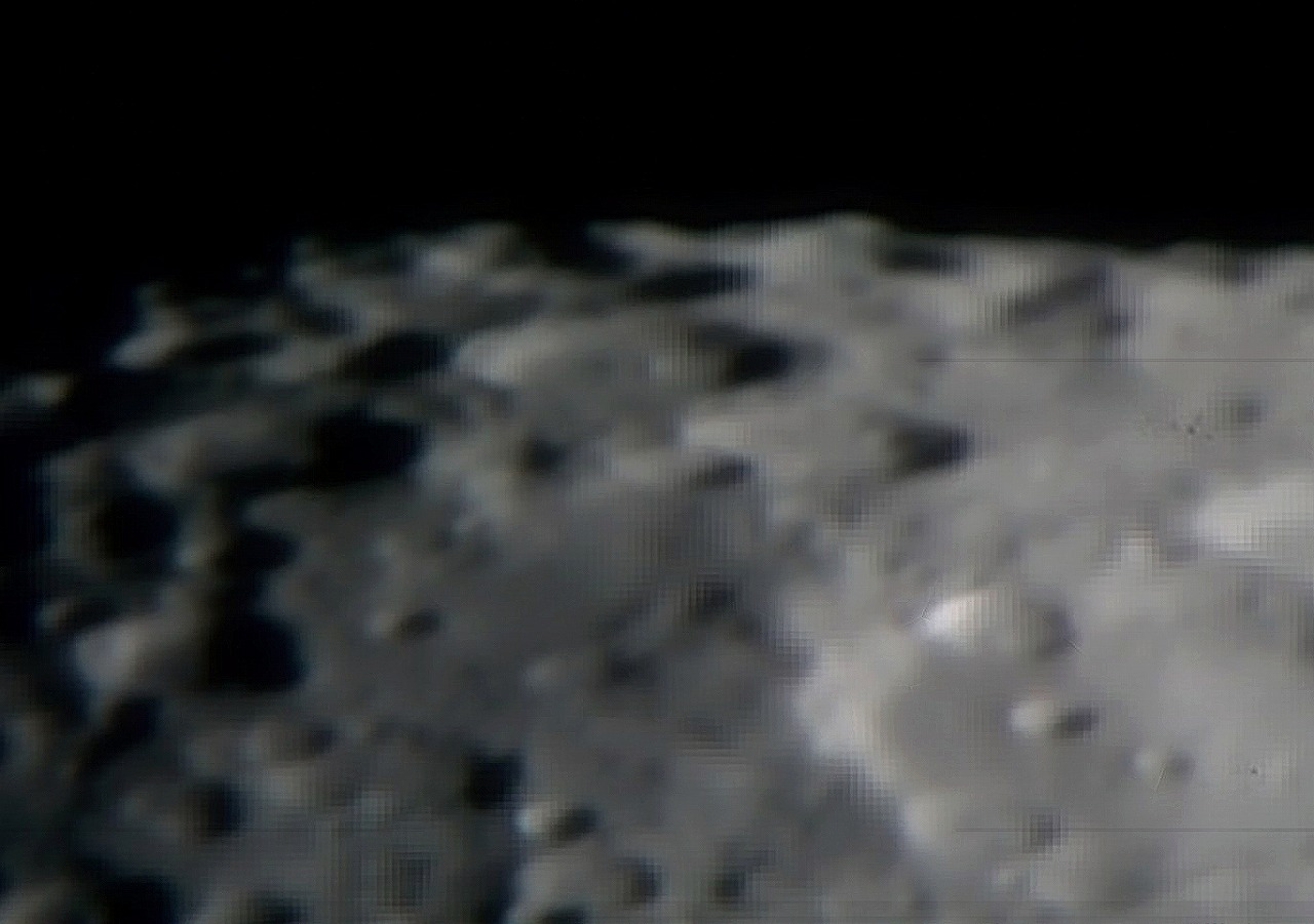 Moon20120114